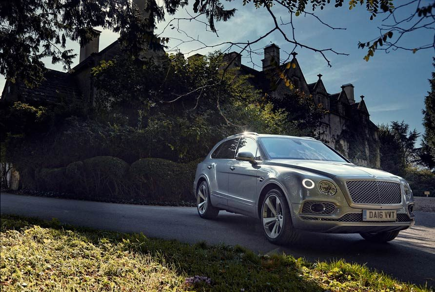 bentley-bentayga-gq-test-03
