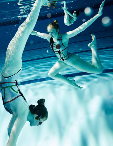 synchro_swimmers_bts_2