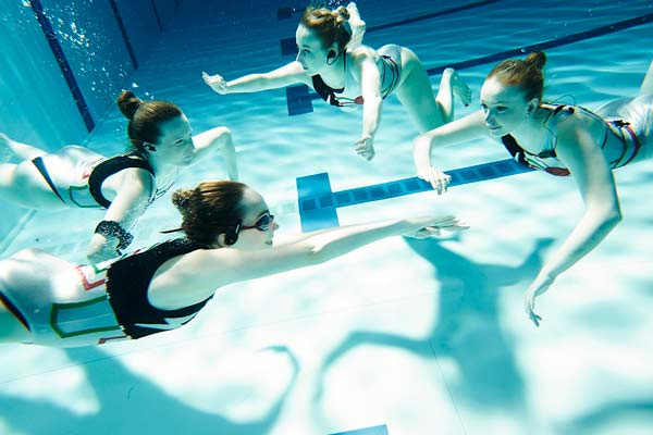 synchro_swimmers_bts_4